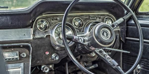 VINFormer :: Get the car's history  Check VIN, frame#